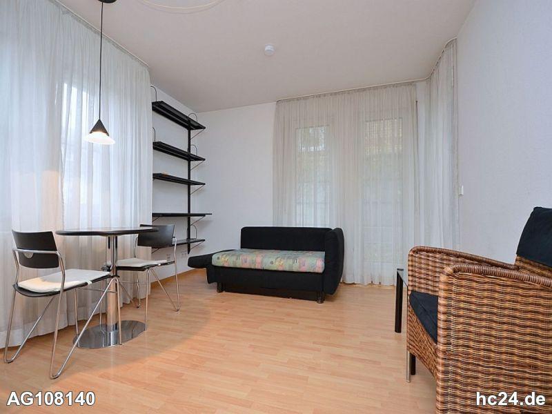 Klassisch möbliertes Apartment mit Tiefgarage und Internet in Stuttgart Feuerbach